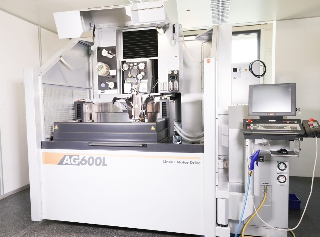 dressel prototec GmbH | Neue Präzisionsdraht-EDM von Sodick